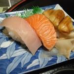 みき寿司 - 特製鶏煮込みにゅう麺 にぎり三貫せっと にぎり寿司ZOOM