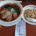 幸楽苑 - 料理写真:あっさり中華そば半チャーハンランチ。これで691円。