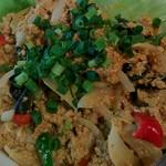 チャッタイ ガーデンハウス - 料理写真:カニと卵のカレー炒め、プーパッポンカリー。