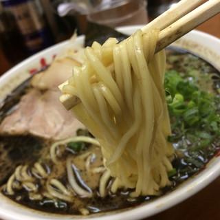 なんつッ亭 品川店 - らーめん750円