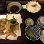 花笠 - 料理写真:天ぷら定食2100円
