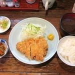 梅月 - ロースかつ定食1,400円