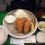 鎌倉かつ亭 あら珠 - 牡蠣フライ定食