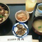 レストラン岡崎 - 焼肉丼(近江牛) お味噌汁・漬物・切干大根・飲み物付き1,200円(税込)