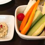 ソウリュウ - 突き出しの野菜スティック