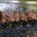 厚切りステーキたわらや - ハンギングテンダーステーキ  カット断面
