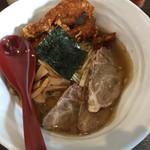 六紋銭エッセンス - 料理写真:天地返し麺(醤油)トッピング2種盛り