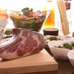 熟成肉バル KAZE -