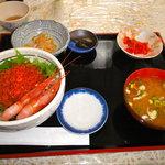 津軽海峡亭 - いくら丼