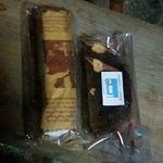 カミノ珈琲 - 植村さんのチーズケーキとサービスの菓子