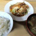 満福屋 - 料理写真:しょうが焼+ライス+とん汁!