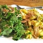 ベトナム料理 オーセンティック - 香菜・パイナップルサラダ