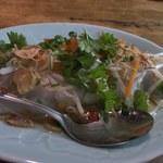 ベトナム料理 オーセンティック - 蒸し春巻(魚醤の効いたタレで)