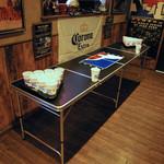 Sports Pub Lucky George - アメリカ発祥ビアポンはいつでもプレイ可能!