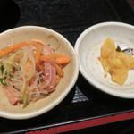 米寅 - 春雨サラダと漬物