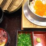 釜寅 - 料理写真:―2016.9.30― かにいくら釜飯