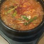 焼肉・韓国料理 韓味亭。 - チゲ鍋