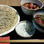 56795961 - 『鴨せいろ』¥1380-『ローストビーフ丼』¥300-