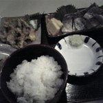 お食事処 どんぶらー - 生シマホッケのコブジメとてんぷら膳