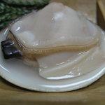 魚重楼 - 焼き蛤(身がぷりっぷりで殻いっぱいにギッシリ)