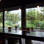 東京竹葉亭 - ☆お庭が見えて開放感がありますね!(^^)!☆