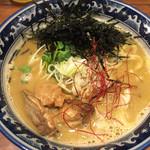 佐市 - 牡蠣・拉麺(900円)