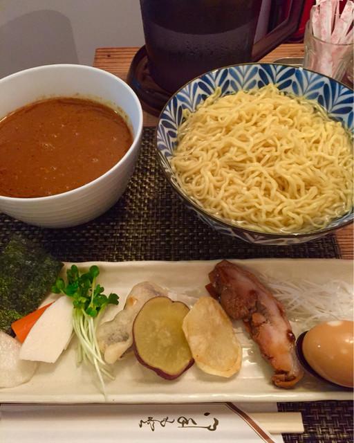 麺屋 波 - カレーつけ麺特盛400gを細麺熱盛り,激辛で注文1130円税込