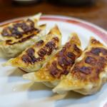 亀戸餃子  - 三枚目