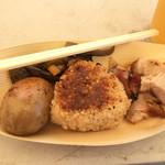 米汁菜 - おむすびセット740円。