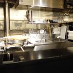 鴨蕎麦 尖 - 調理場の様子