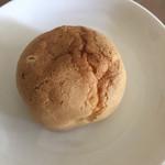 お菓子の菊家 - もちもちシュー