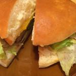 コメダ珈琲店 - 大っきなハンバーガー