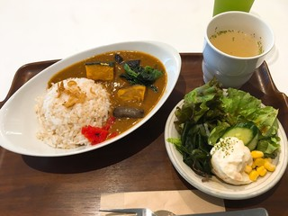 chacafe 茶空楽 - 「お野菜ごろごろ やみつき茶空楽カレー(少な目)」790円(少な目)