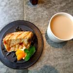 チャラン・ポラン - バニラシフォンケーキ&カフェオレ♡