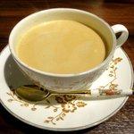 紅茶倶楽部 DADA - ドリンク写真:ロイヤルミルクティー!