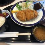 和楽園 - (料理)国産豚のロースカツ膳(ごはん、みそ汁付)