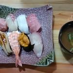 すし半 - おまかせ寿司