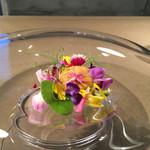 56830974 - 枝豆のブラマンジェ 雲丹 フラワーソース 花を添えて