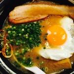 焼麺 劔 - 目玉焼麺