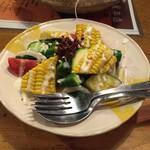 56836255 - 野菜サラダかな