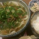 56836401 - 肉うどん(950円)