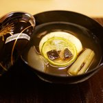 銀座 奥田 - 満月に見立てた玉子豆腐とすっぽん