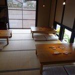 蕎麦処鏑屋響 - お座敷席(テーブル席もあります)