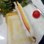 さかい珈琲 - ブレンドコーヒー(430円)+ハムとチーズのホットサンドモーニング(+350円)