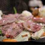 バリ ビア ガーデン - ラム肉調理中