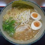 ゆにろーず - 料理写真:-にんたま醬油ラーメン 580円-