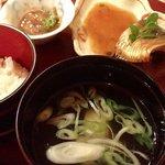 プチホテル コリンシアン - 夕食④;食事と鰊煮付.椀は鮭粗潮仕立 @2016/09/18