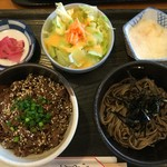 菜の花亭 - ミニ仲良し丼のとろろそば(温か冷選べます)+牛網焼き丼  これで750円