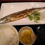 季節料理 学 - 新さんま塩焼定食