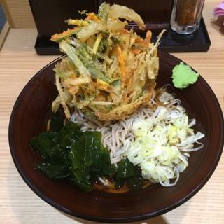 彩むさし 武蔵浦和店 - 冷やしかき揚げそば。 税込480円。 美味し。